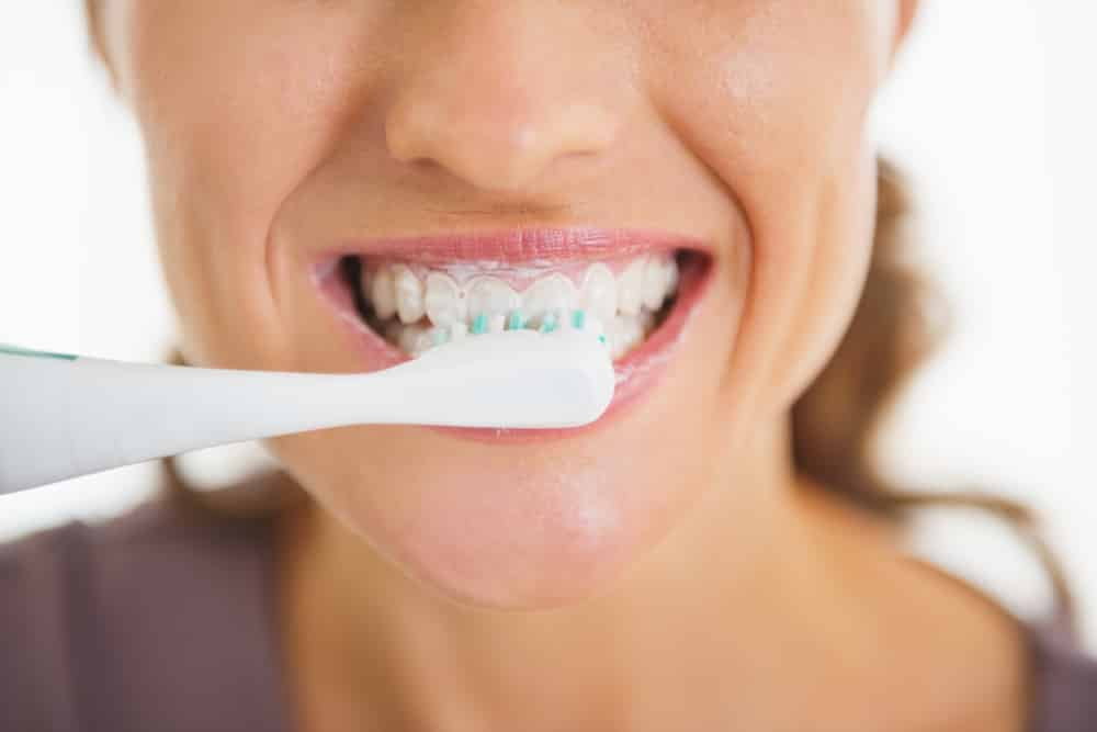 when is the best time to brush your teeth conroe tx